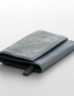 zsofihidasi_falling_wallet_grey_s_2