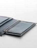 zsofihidasi_falling_wallet_grey_s_3