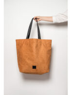 zsofihidasi_lighten_shopper_in_caramel