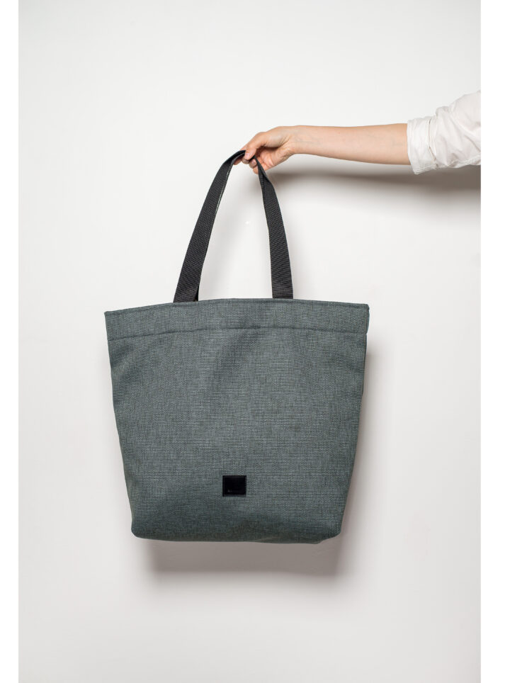 zsofihidasi_lighten_shopper_in_stone_grey